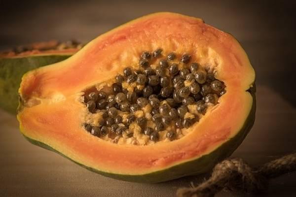 para que sirve la papaya para bajar de peso