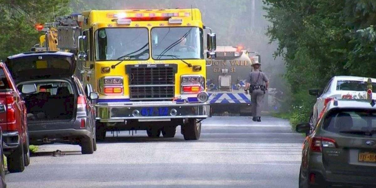 Tragedia en Nueva York: Dos personas muertas tras avioneta chocar contra casa