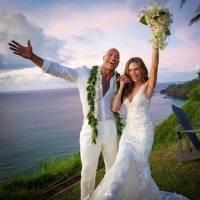 Así fue la boda de Dwayne Johnson, La Roca, con Lauren Hashian en Hawai