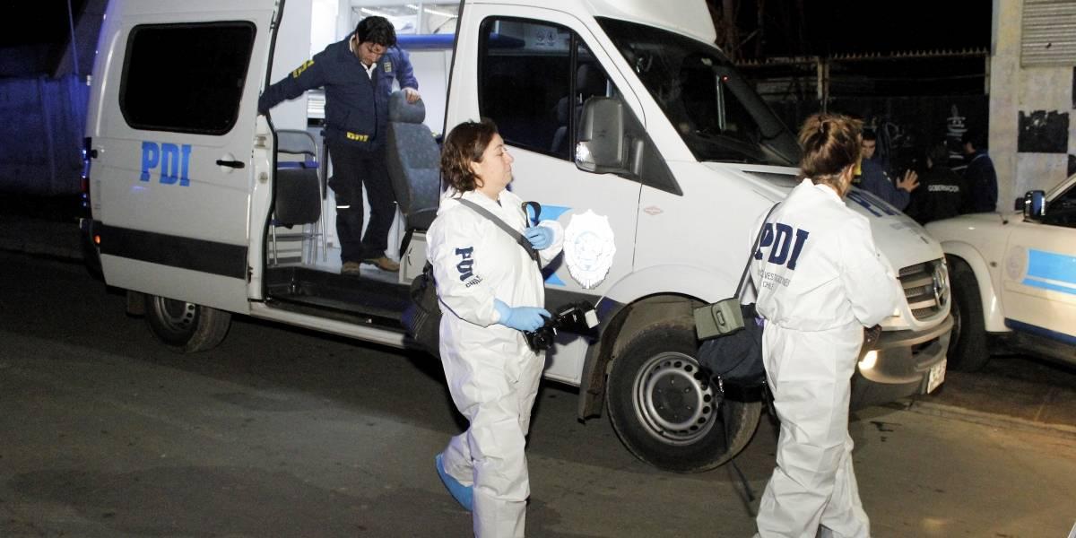 Mujer muere apuñalada en la calle en Valdivia y se indaga posible femicidio