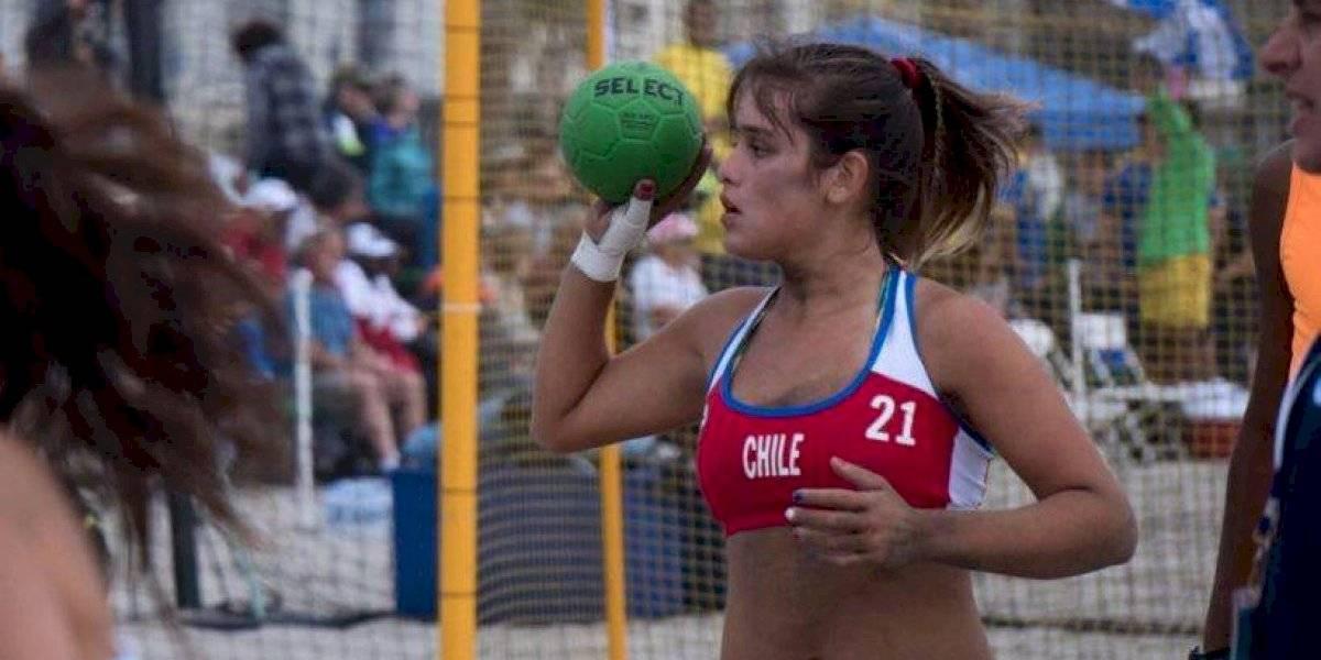 Andrónico Luksic compromete apoyo a seleccionada chilena de balonmano que pide plata en la calle