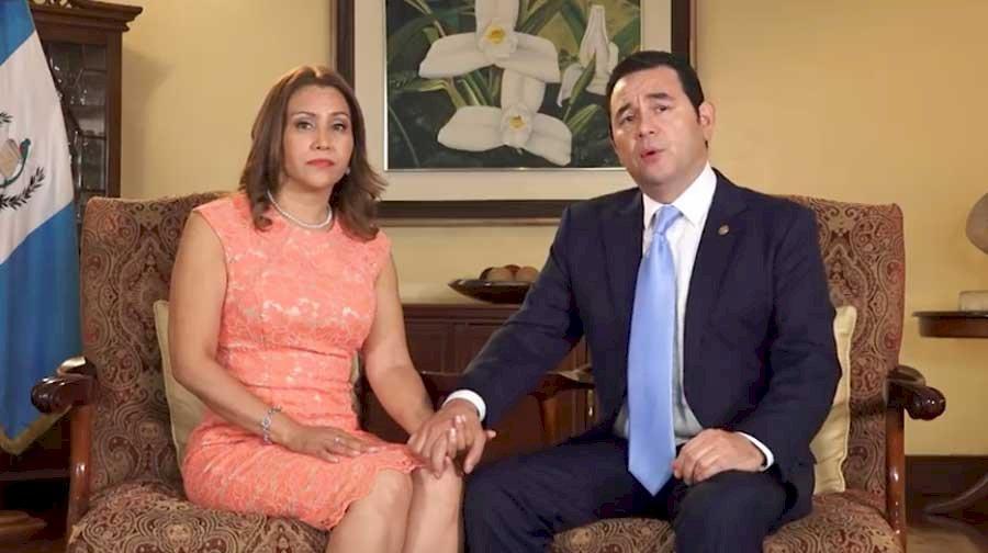 Patricia de Morales y Jimmy Morales