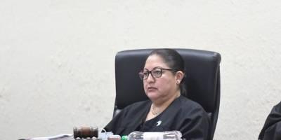 La jueza Edna Maxia llamó la atención a Samuel Morales.
