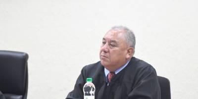 Juez Jaime González absolvió a José Manuel Morales y Samuel Morales, hijo y hermano del presidente, Jimmy Morales, respectivamente.