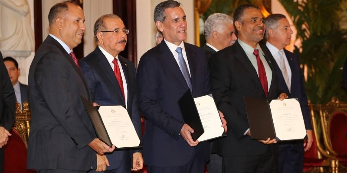 HanesBrands recibe reconocimiento presidencial por su aporte al fortalecimiento de Zonas Francas