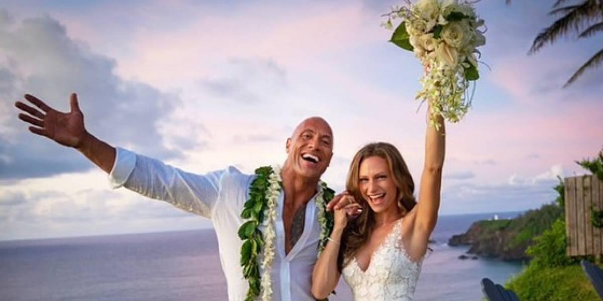 The Rock se casa com Lauren Hashian em cerimônia fechada no Havaí