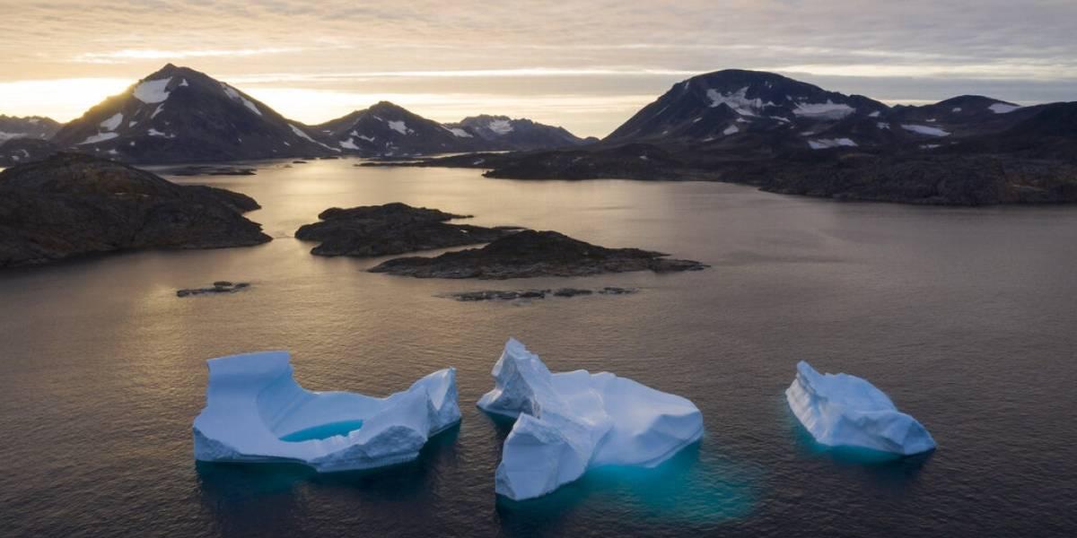 """El desolador escenario que enfrenta el """"fin del mundo"""": se derritieron más de 58 mil millones de toneladas de hielo en Groenlandia en apenas cinco días"""