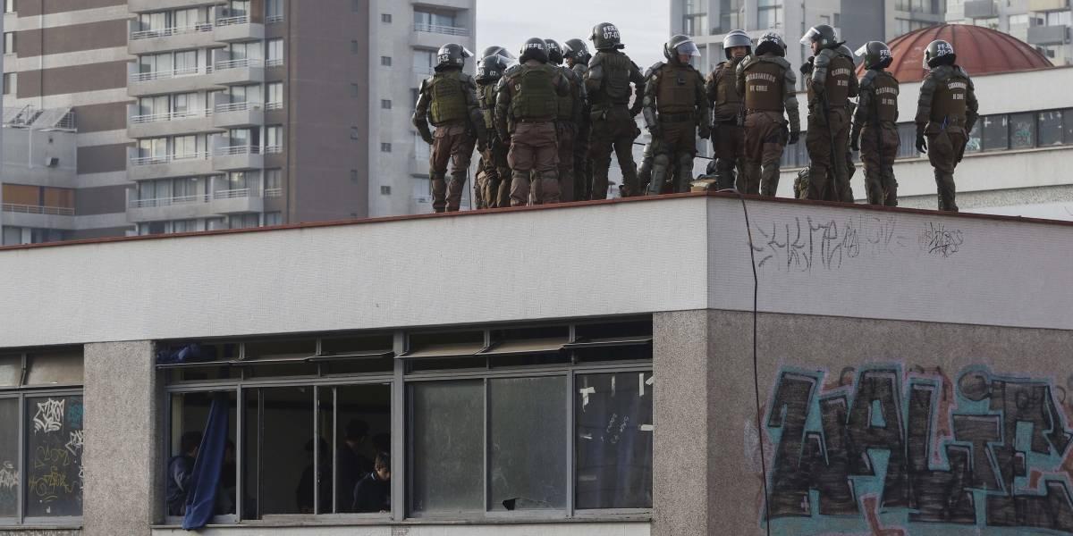 Las nuevas medidas de seguridad en el Instituto Nacional: Fuerzas Especiales en los techos y drones vigilando alumnos