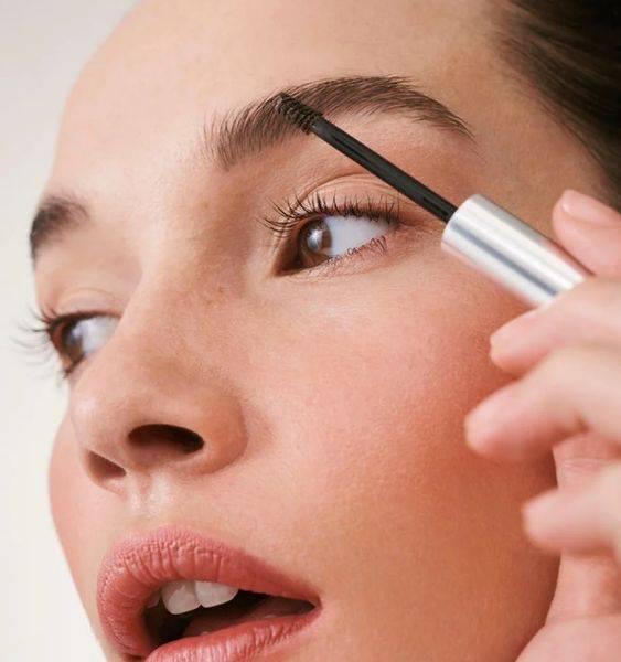 Trucos para maquillar tus cejas