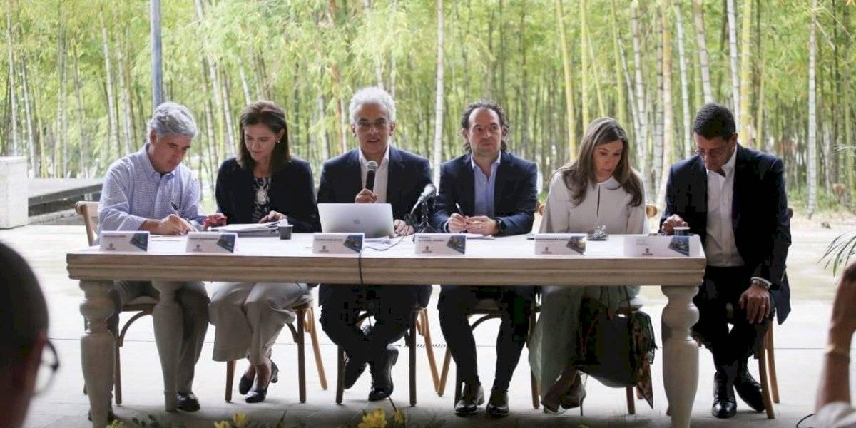 En Medellín se presentó la primera estrategia nacional contra la contaminación del aire