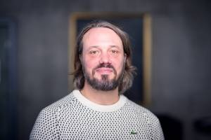 PREGUNTAS Y RESPUESTAS Rasmus Leander Nielsen Departamento de Ciencias Sociales, Ilisimatusarfik - Universidad de Groenlandia