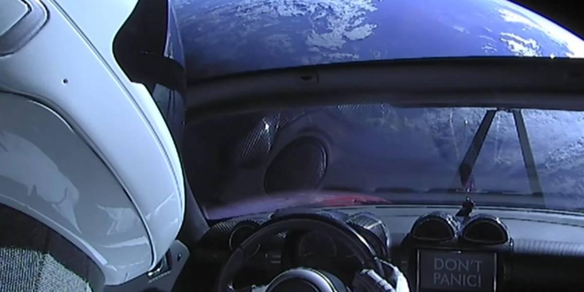 El Tesla Roadster que Elon Musk envió al espacio acaba de dar su primera vuelta alrededor del sol