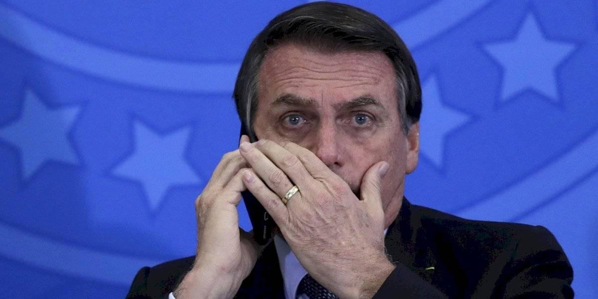 ¿Lo habrá aprendido de su padre? Hijo de Bolsonaro cuestiona la democracia y desata las críticas