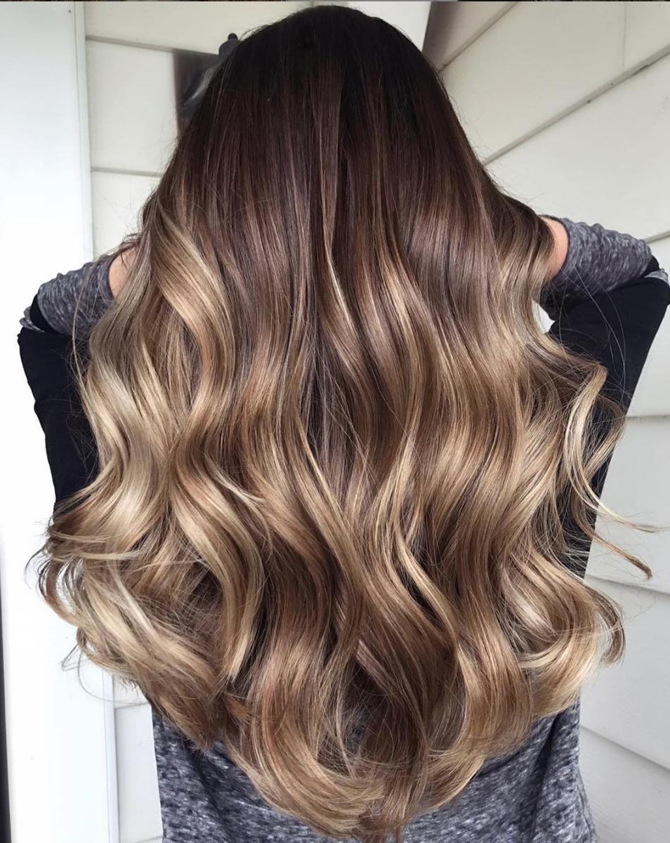 color de cabello para morenas claras
