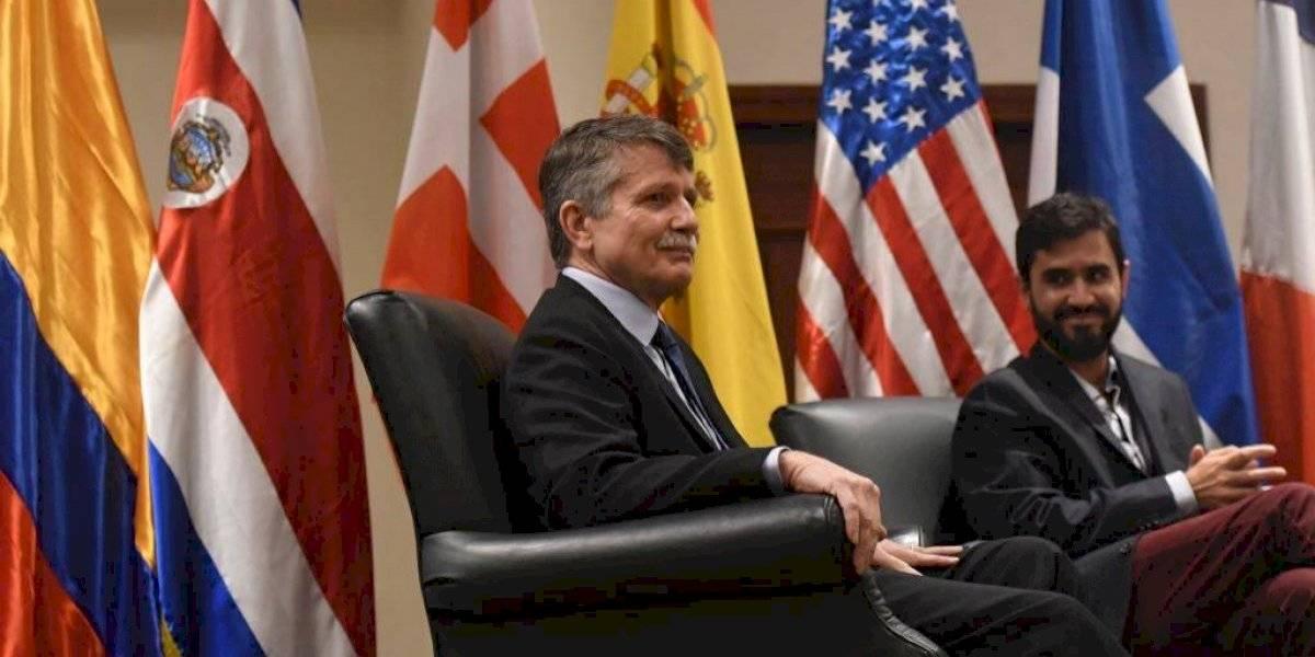 """""""Todavía es posible y necesario afianzar la lucha contra la corrupción"""", Stephen McFarland, exembajador de EE. UU."""