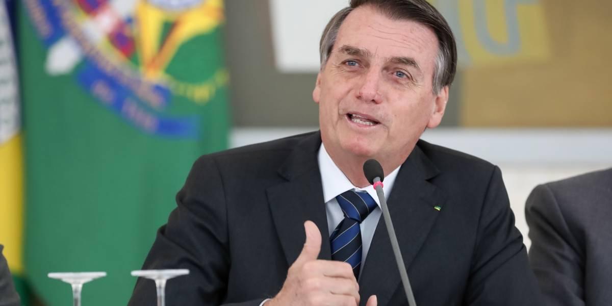 Bolsonaro volta a dizer que ONGs podem estar por trás de queimadas na Amazônia