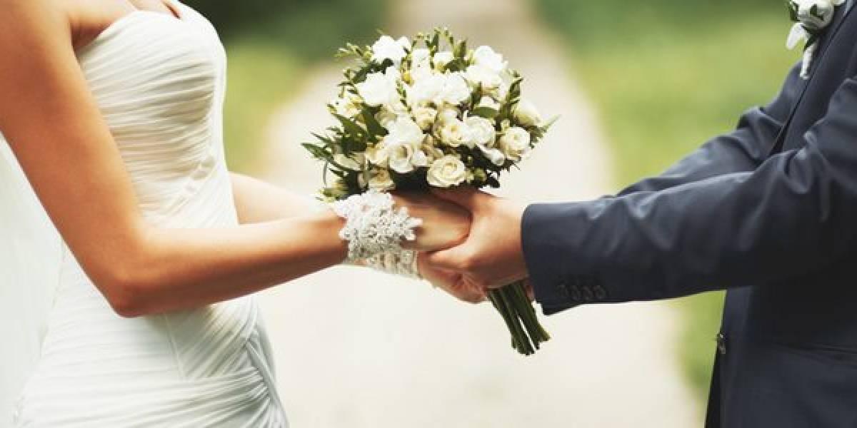 De un 27,4% a un 4,6% han disminuido los matrimonios jóvenes en casi 30 años según Casen
