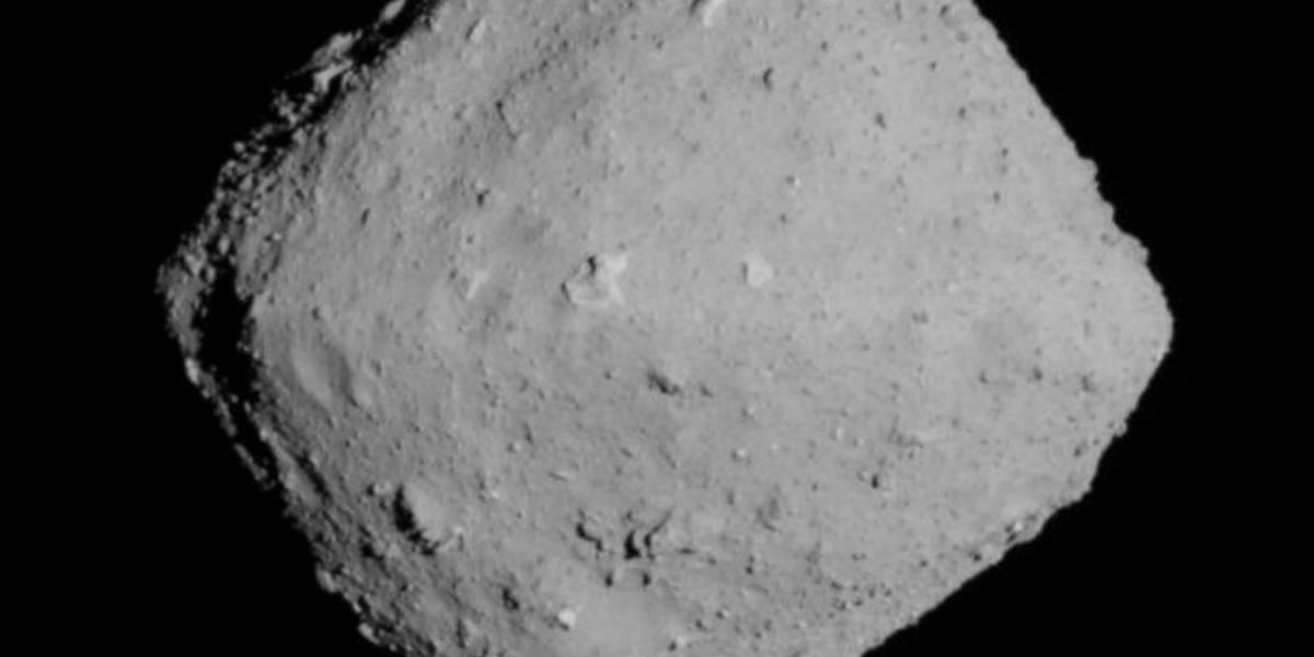 Nuevas fotos reveladas del asteroide Ryugu podrían arrojar pistas sobre cómo se dio el proceso de formación planetaria