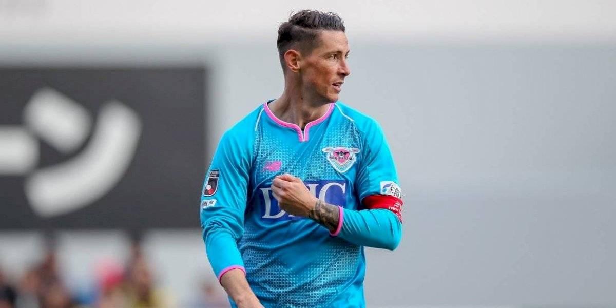 """""""Miro atrás y casi no puedo creer todo lo que he vivido"""": El Niño Torres dijo adiós al fútbol sufriendo con el talento de Iniesta"""