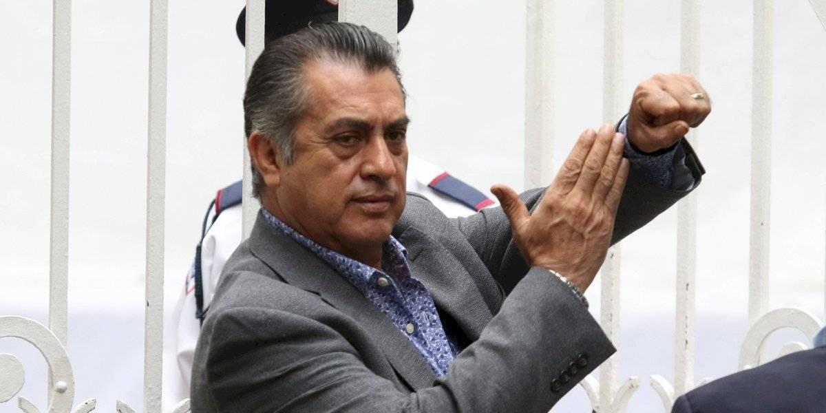'El Bronco' propone añadir acordeón de Celso Piña al escudo de Nuevo León
