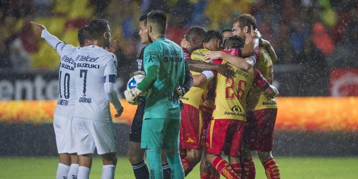 Pumas sufre derrota ante el Morelia del debutante Pablo Guede