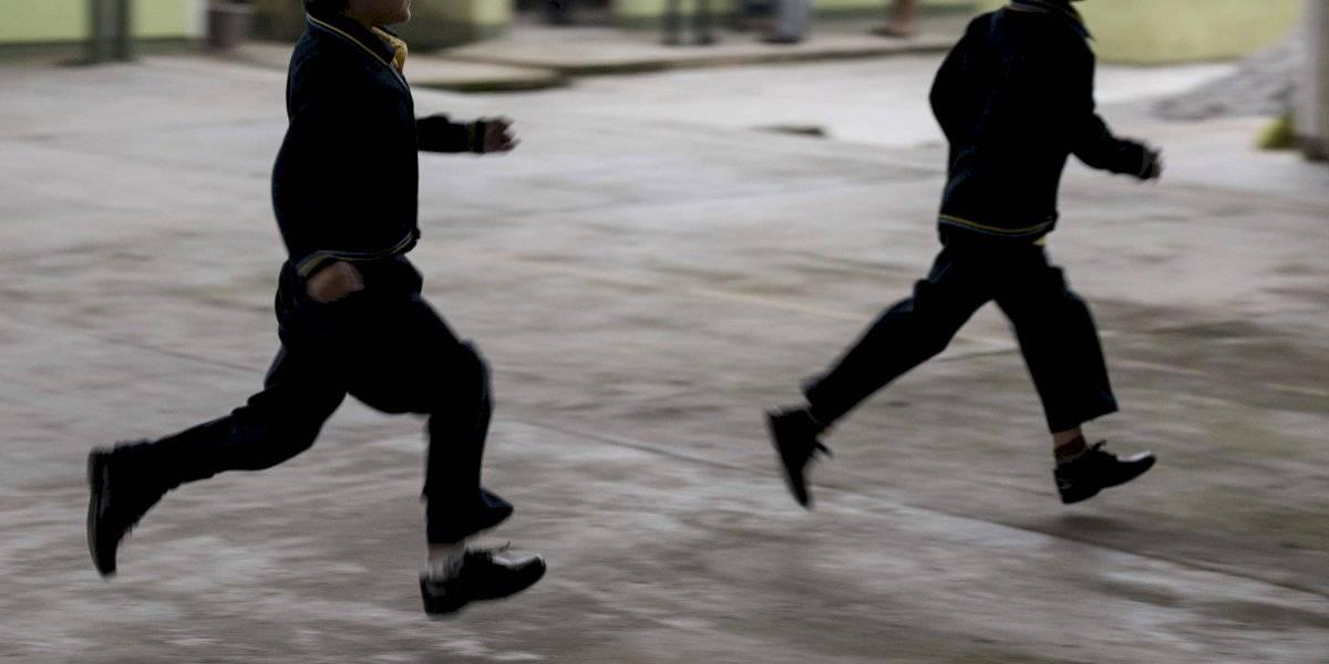 Regreso a clases: Calzado inadecuado puede provocar problemas a niños