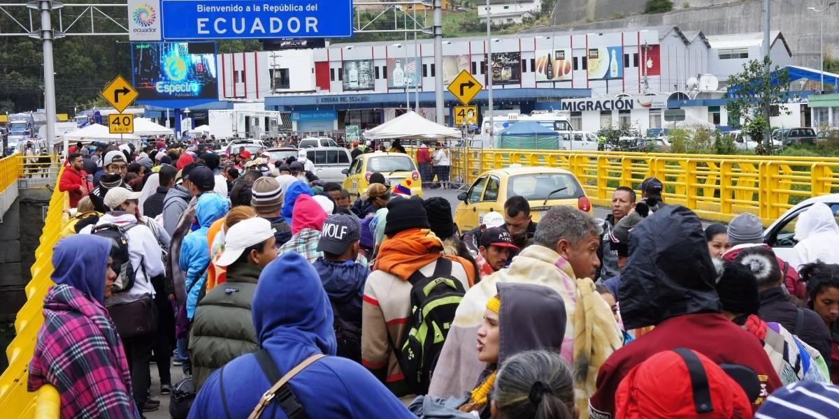 Visa humanitaria: 7.000 venezolanos llegan a frontera de Ecuador y Colombia