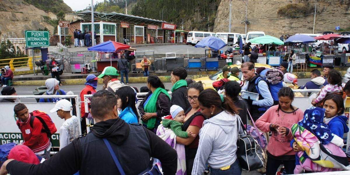 Cerca de 10.000 venezolanos tratarán de cruzar a Ecuador antes de nueva visa humanitaria