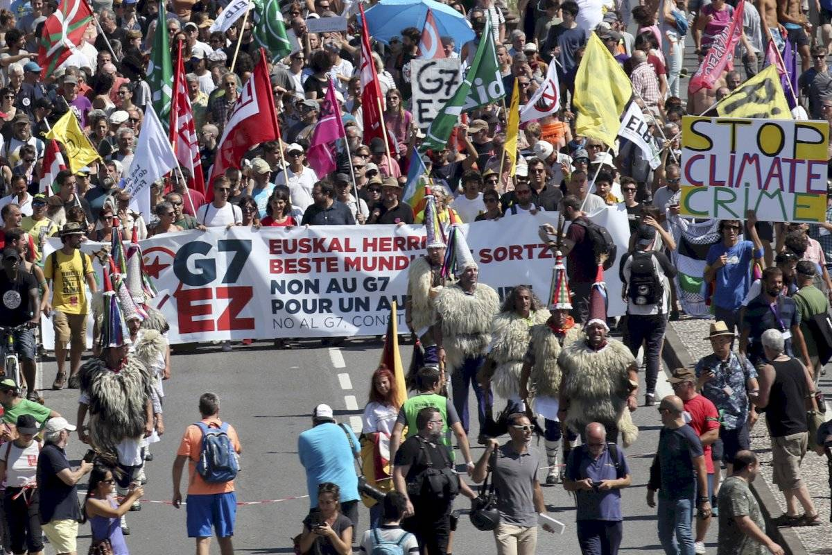 Protestas en Francia por la Cumbre del G7 Foto: AP