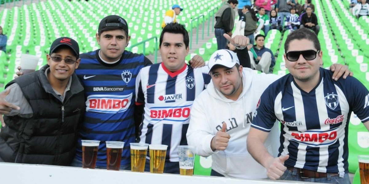 Cervecera garantiza calidad del producto en estadios del futbol mexicano