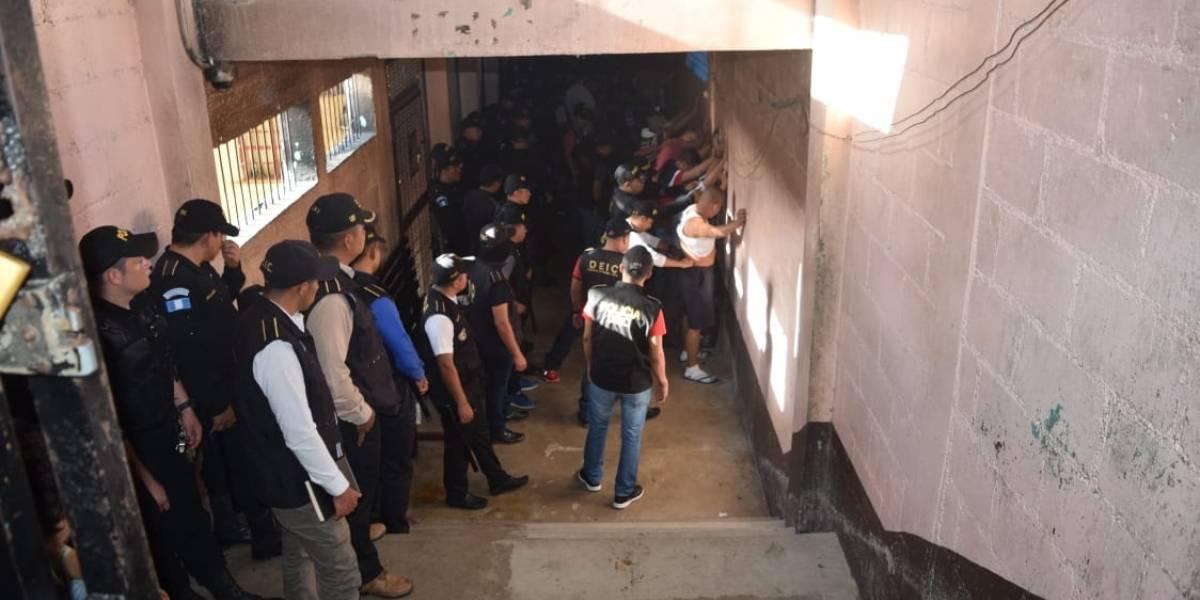 Accionan por la suspensión de alimentación para reos en Zacapa