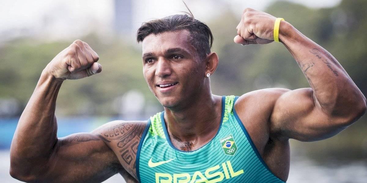 Após faturar bronze, Isaquias Queiroz garante medalha de ouro em Mundial de Canoagem