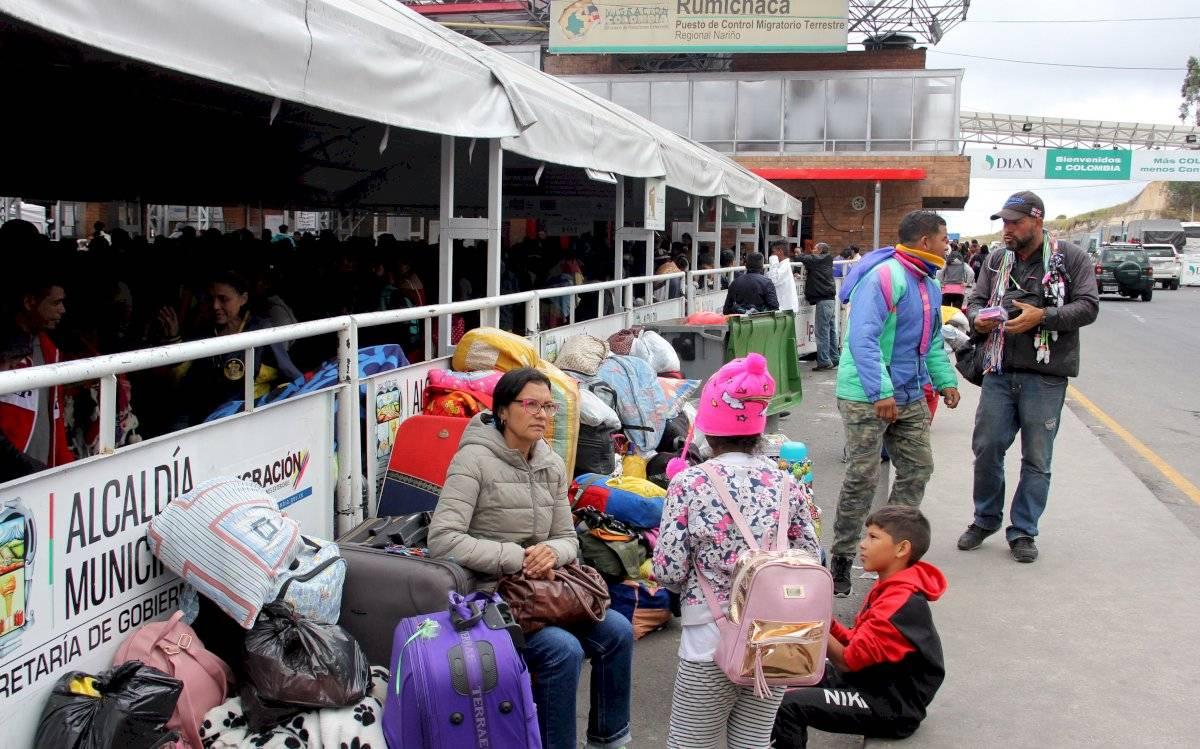 """Migración Colombia reporta """"normalidad"""" en salida de venezolanos a Ecuador EFE"""