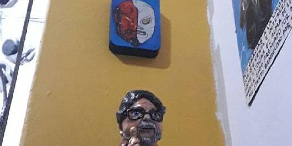 Guillermo del Toro se enfrenta a El Santo en GDL