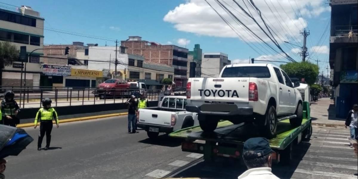 AMT: 73 vehículos retenidos durante operativo de mal estacionados realizado este fin de semana