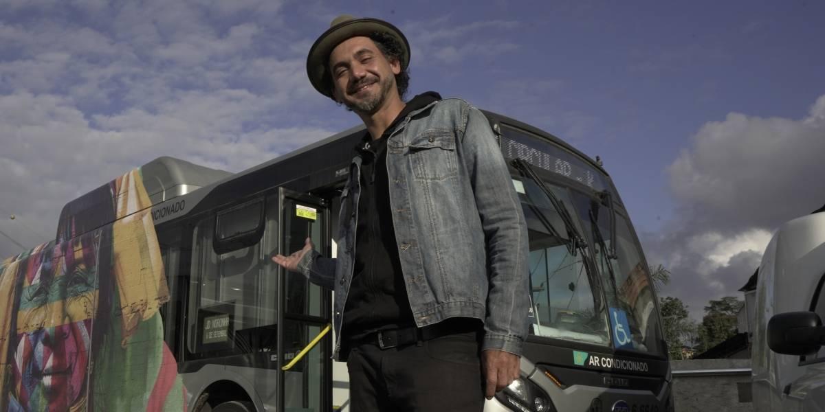 Exposição de Kobra leva obras a bairros periféricos em ônibus itinerante