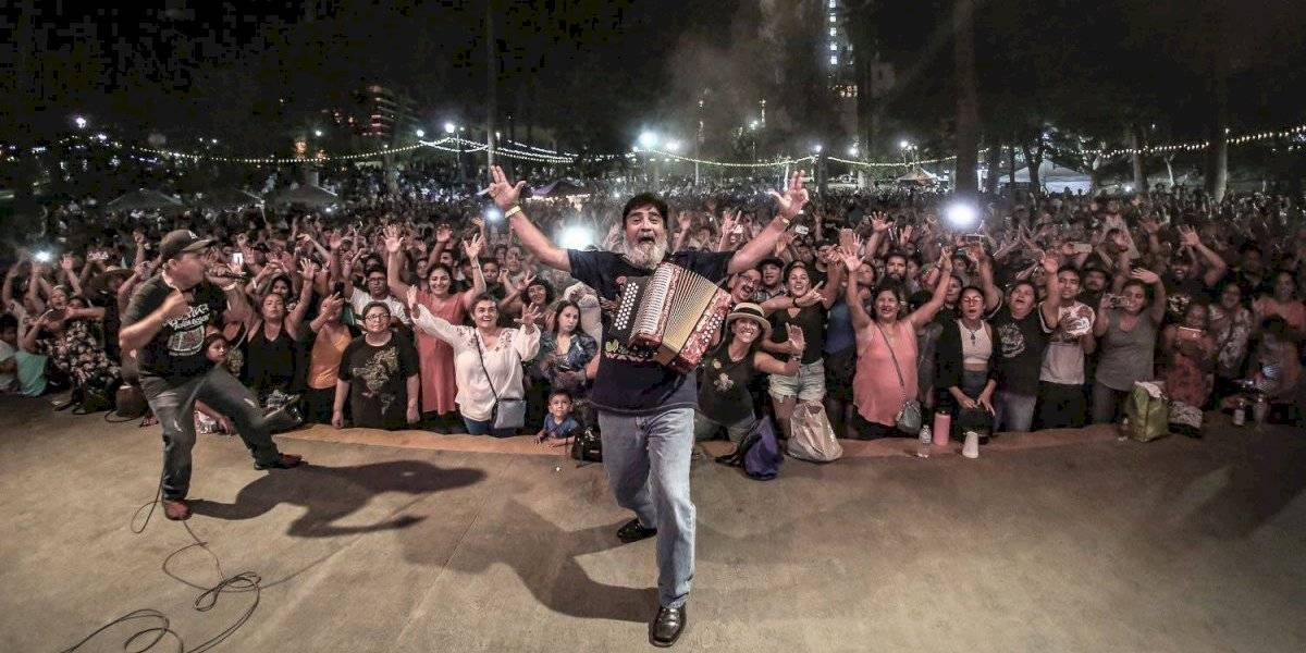 Celso Piña participaría en festejos de la Independencia; rendirán homenaje