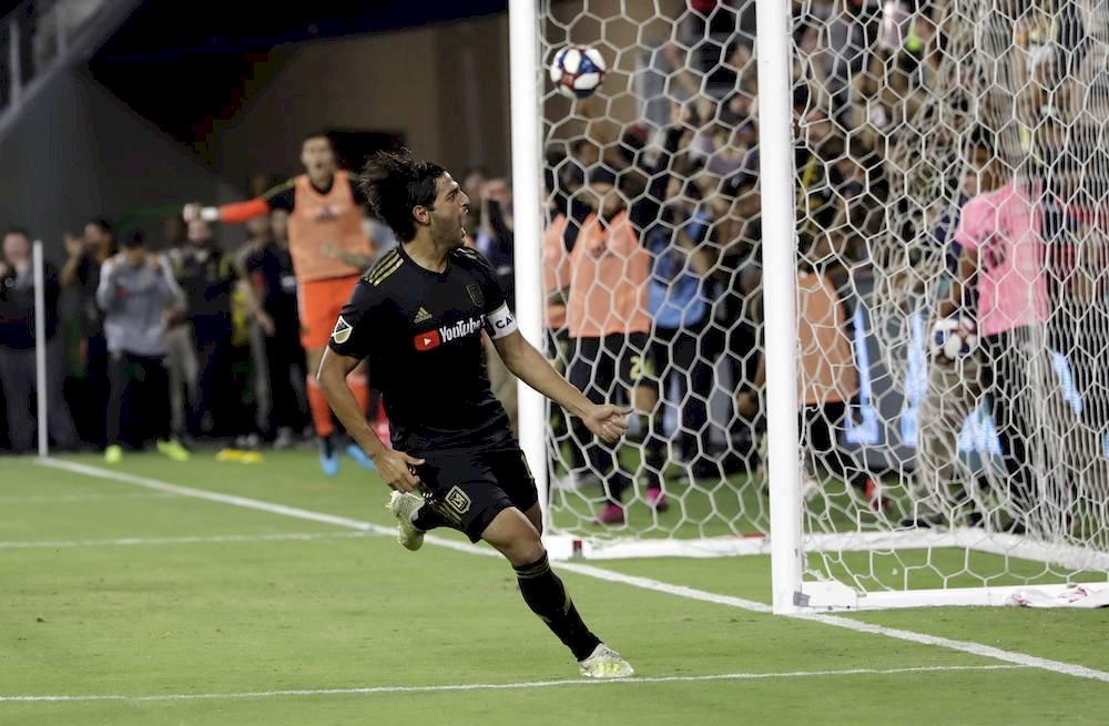 Vela hace historia en la MLS / AP