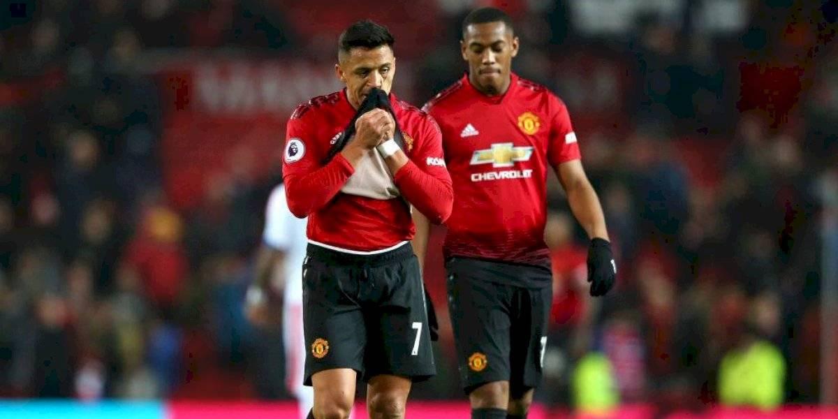 """Alexis Sánchez es incluido en la lista de """"cortados"""" de Manchester United para """"hacer caja"""""""