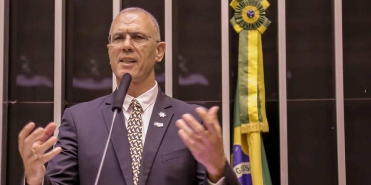 Israel enviará toneladas de produto químico retardante de fogo ao Brasil