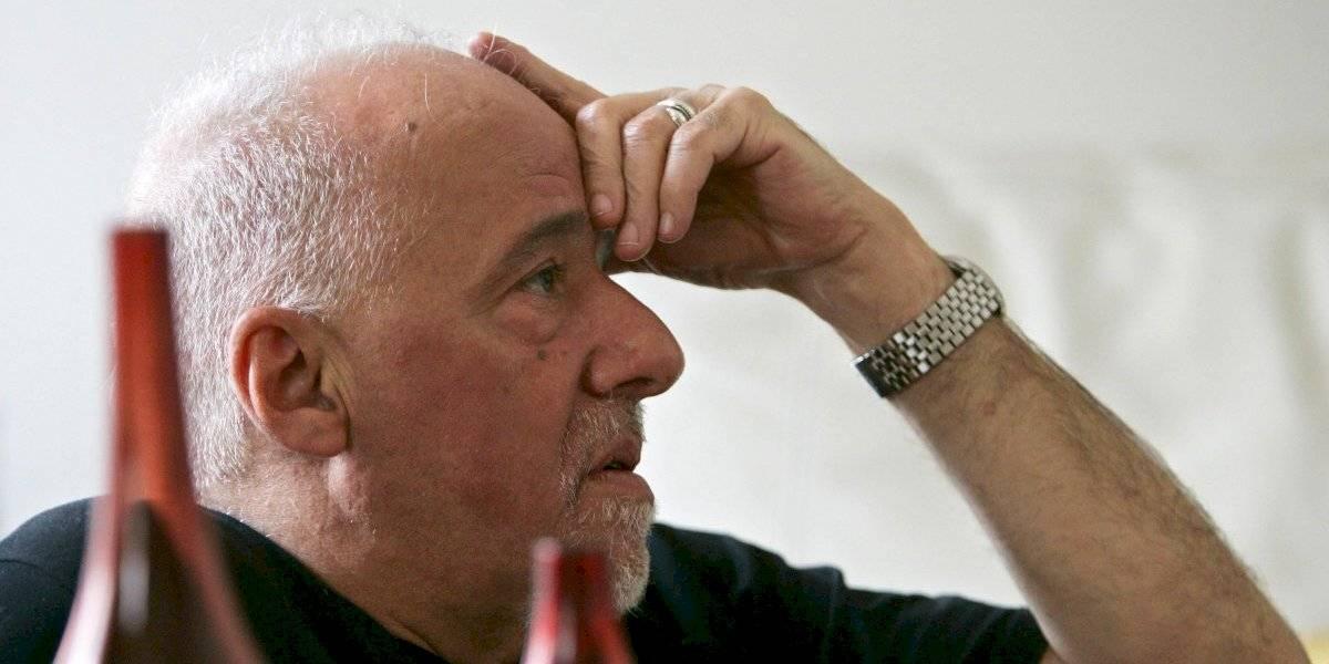 Paulo Coelho le pidió disculpas a los franceses por los insultos de Bolsonaro a la señora de su presidente de 66 años