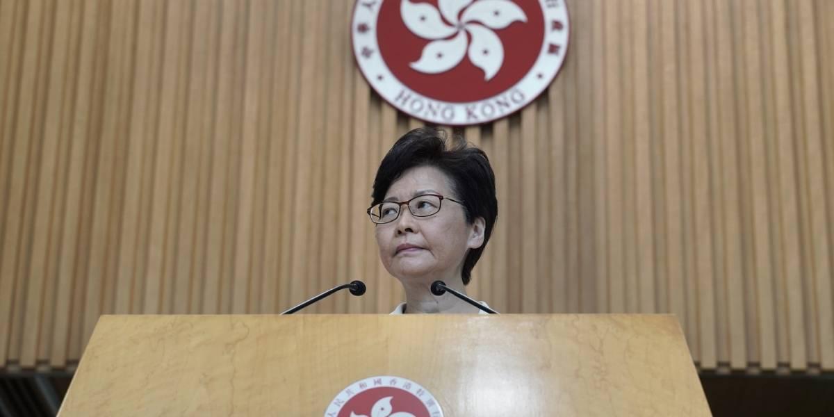 Hong Kong inicia diálogo, pero no cede a demandas de manifestantes
