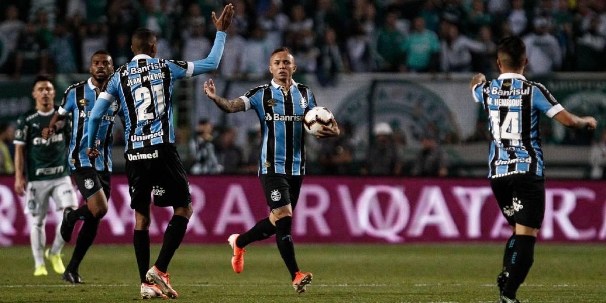 Gremio derrota a Palmeiras con dramático final y se convierte en el primer semifinalista de la Copa Libertadores