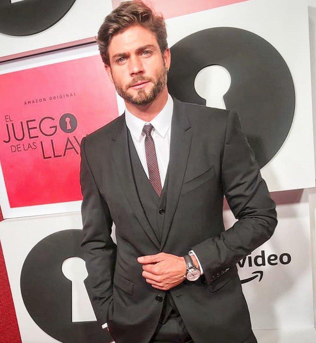El actor comenzó una relación con Marimar Vega Instagram
