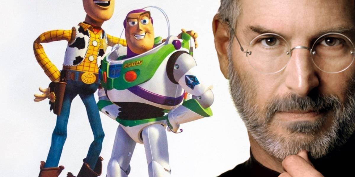 Un valiosísimo póster promocional de Toy Story autografiado por Steve Jobs será subastado muy pronto