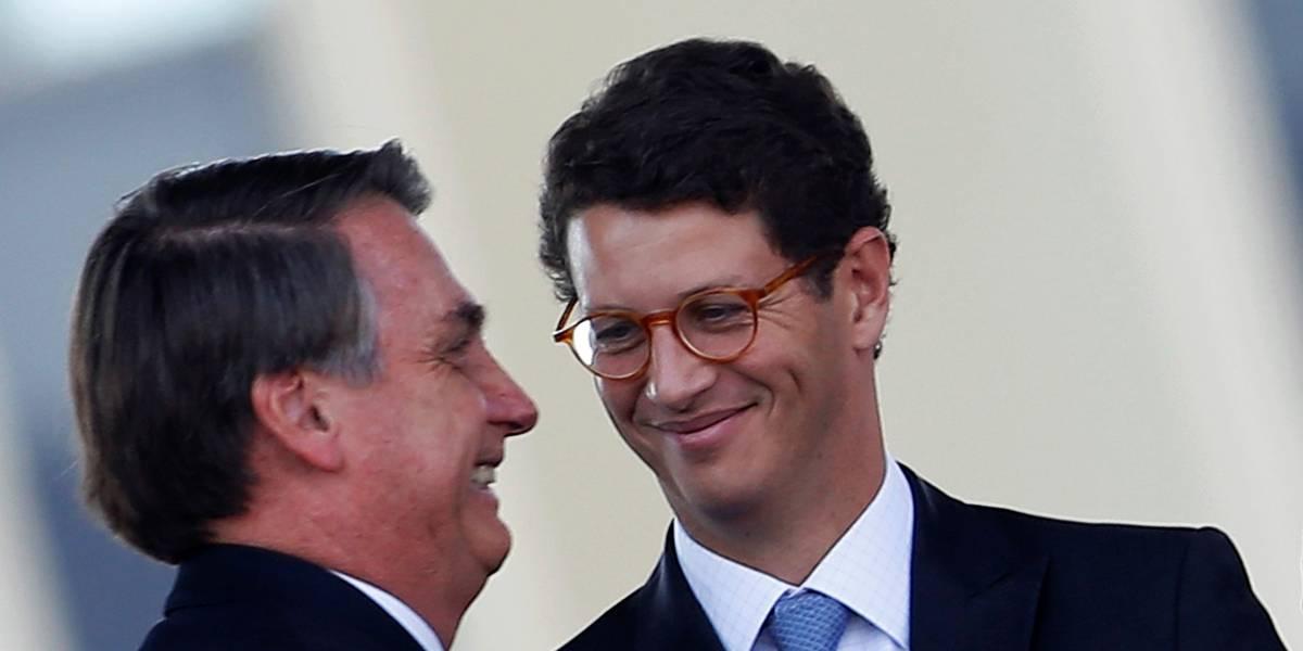 'Salles vai ter alta logo, ele está com saudade de mim', diz Bolsonaro