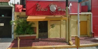 Bar Caballo Blanco ataque