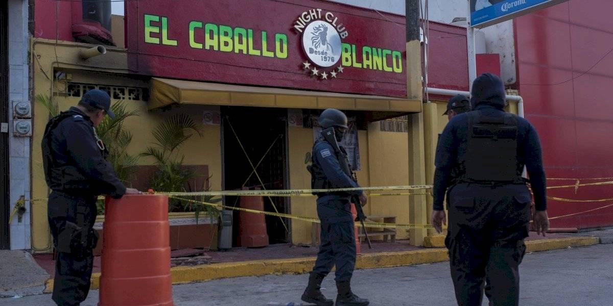 "Suman 31 muertos por ataque al bar ""El Caballo Blanco"" en Coatzacoalcos"