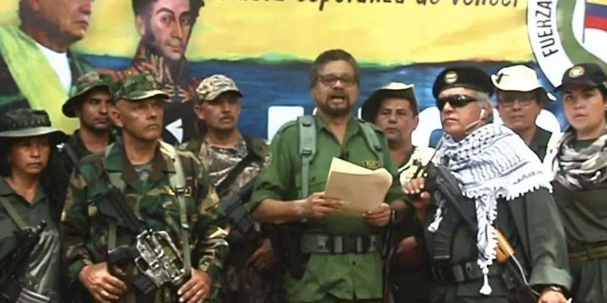 """""""Nunca fuimos vencidos ni derrotados ideológicamente. Por eso la lucha continúa"""": ex líder de las FARC anuncia que retoma las armas"""