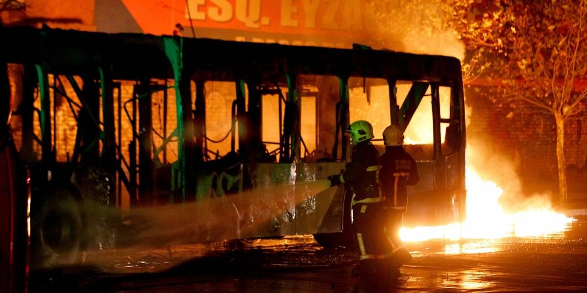 Quema y destrucción de buses en protestas: ya van 12 con pérdida total en lo que va del 2019